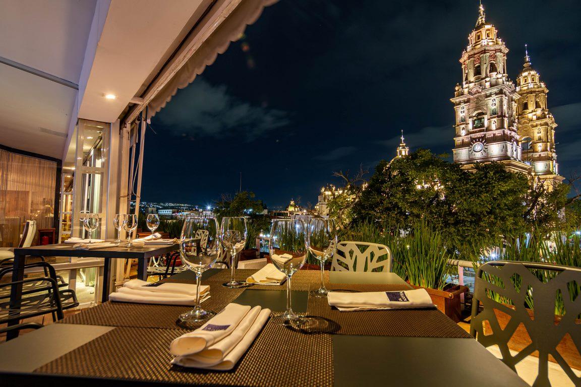 RESTAURANTE HOTEL LOS JUANINOS