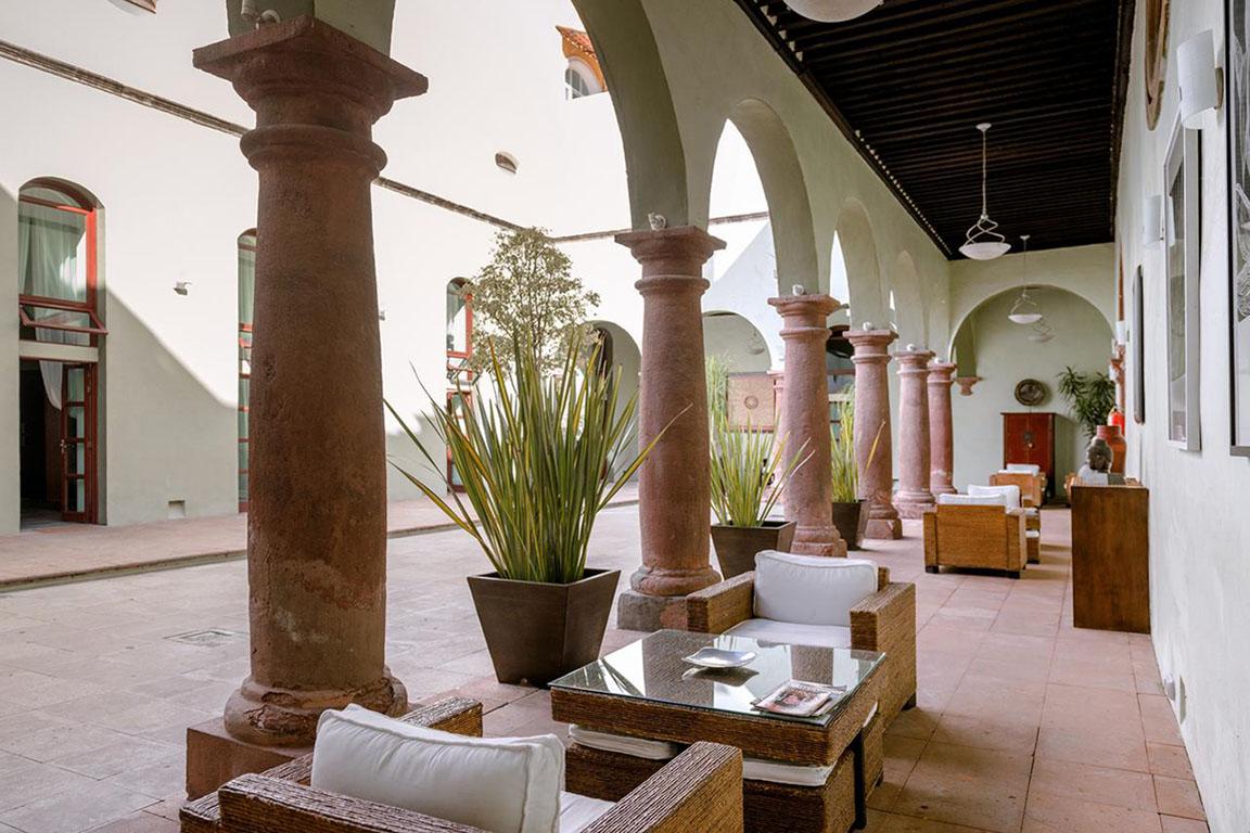 RESTAURANTE HOTEL <br />LA MORADA